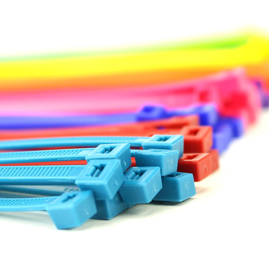 "100 Pack UV Black Nylon ACT AL-05-50-RL-0-C 5"" Tab Releasable Cable Ties"