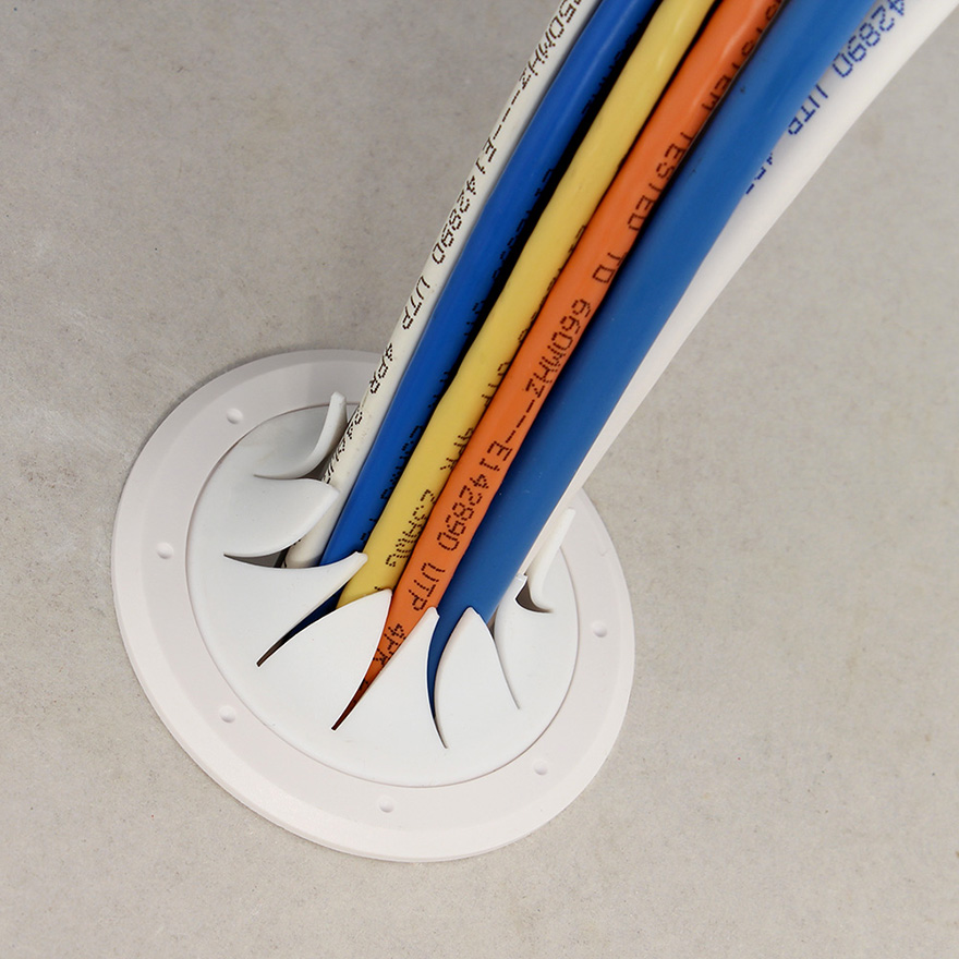 """Construct Pro Speedy/'Z Spring-Lock 2/"""" Cable Pass Through Port White 
